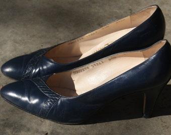 Vintage Navy Blue Ferragamo Heels 9B