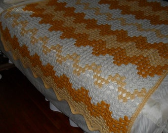 Crocheted Afghan (Queen) - Blanket - Throw - Bedspread - Coverlet - ''CONTEMPORARY GRANNY RIPPLE'' in Sunflower Colors