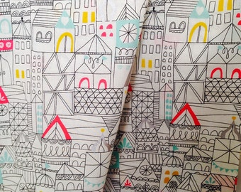Voile Organic fabric by Cloud9 and Lisa Congdon - Hamlet Reverly in Voile  - 1/2 Yard