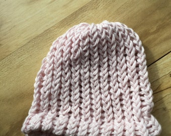Organic cotton shell pink hand knit hat for infants