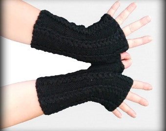 Black fingerless gloves   with  patern  Hand knit gloves