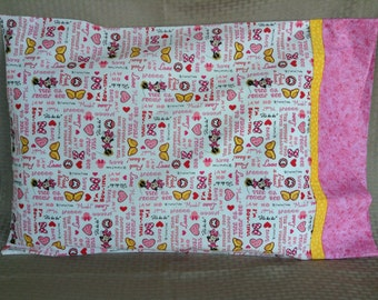 Minnie Mouse Fun Standard pillowcase