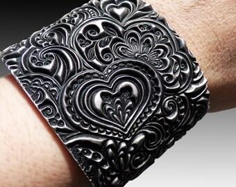Hearts zentangle polymer clay cuff bracelet
