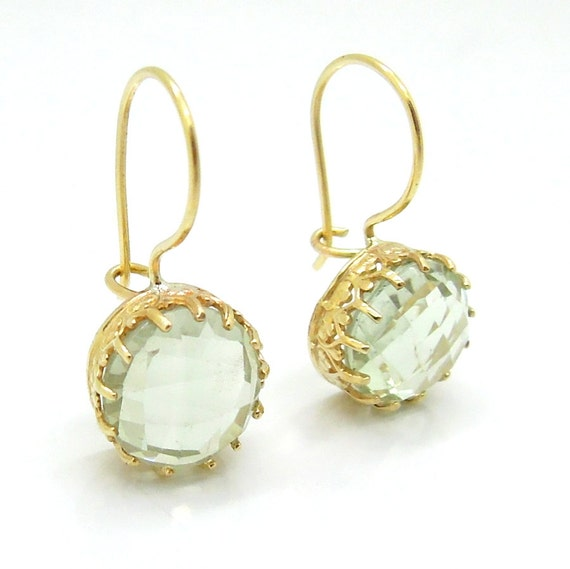 Green amethyst gold earrings lace design