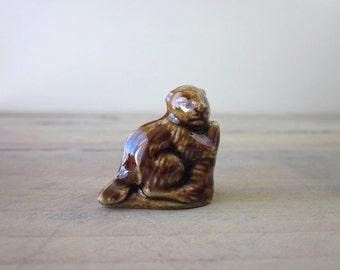 Wade Whimsies Rose Tea Miniature Beaver Figurine