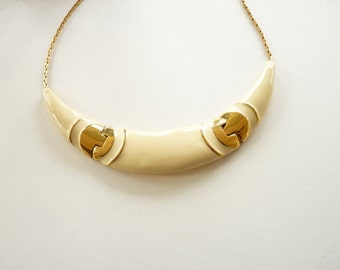 Vintage Monet Cream Enamel Choker Necklace with Gold Accents  15.25 Inch Gold Chain