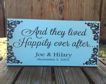 Happily Ever After Custom Wood Sign ~ Engagement Gift ~ Wedding Signs ~ Last Name Sign ~ Year Established ~ Housewarmign ~ Sweetheart Table