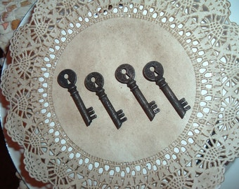 4 Rustic Tiny Metal Key hole Keys  Primitive Crafts Rustic Western