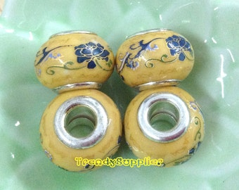4 pcs Donut shaped Prottery Beads (A09)