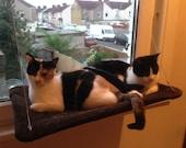 Jacquard - Curious Cats Window Perch