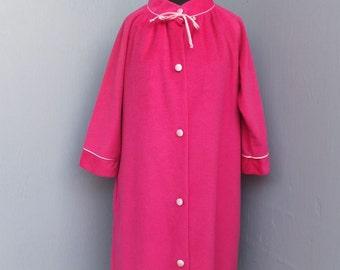 1960s Pretty Bright Pink Cozy Flannel Robe by Dela Ann / Loungewear, Medium