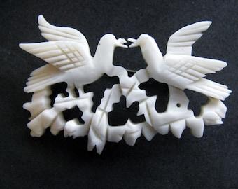 Victorian Brooch Carved Bone Love Birds