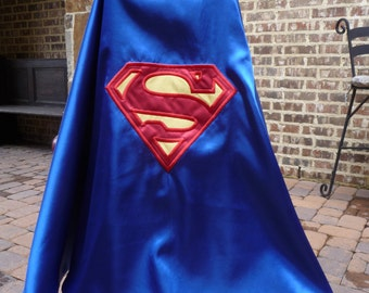 Reversible Super Hero Cape - - Batman/superman logo