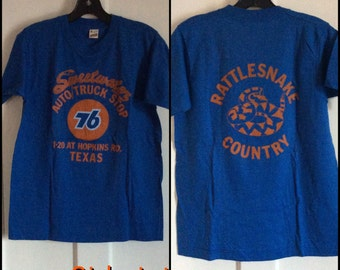 Vintage 1980's Sweetwater Rattlesnake Country Texas 76 Gas T-shirt size Medium Truck Stop Souvenir