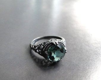 Vintage Sterling Silver Emerald Ring, Gift for Her, 2.5ct Vintage Engagement Filigree Sterling Silver Ring, Accessories