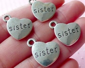 SISTER Charms Love Charm (4pcs / 17mm x 15mm / Tibetan Silver / 2 Sided) Heart Family Charm Stamped Word Tag Charm Gift Decoration CHM1559