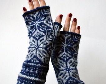 Scandinavian Fingerless Gloves - Grey and Navy Blue Fingerless - Wool Gloves - Christmas Gift - Winter Accessories nO 69