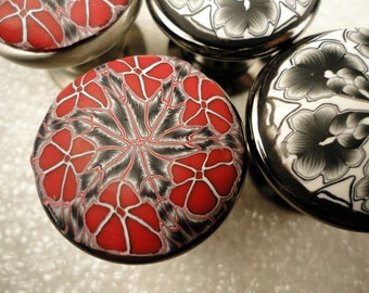 Red Black Cabinet Knobs  Pulls   Red set of 8  Polymer Clay Metal Round Bathroom knobs  65 AVAILABLE  Finish Choice