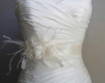 Lace Bridal Sash Belt Ivory Lace Flowers, Bridal Accessories, Weddings, Ivory Wedding  Bridal Belts - Ashley