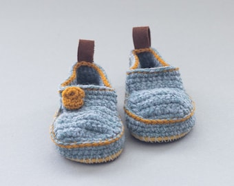 Sale - Babies House Shoes in light grey U.S. size 6 1/2 /EUR 23 - Moccasins - 50% off - Christmas in July Sale