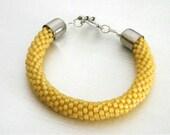 Light Yellow Bead Crochet Bracelet - Honey Bangle - Light Topaz Beaded rope bracelet