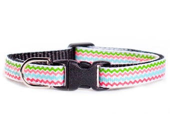 "Cat Collar - ""The Fortune Teller"" - Multi-colored zig-zag print"