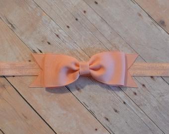Peach Baby Bow Headband. Peach Baby Headband. Peach Baby Headband. Baby Hair Accessories. Girls Hair Accessories. Peach Headband
