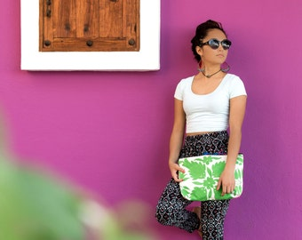 Extra Large Clutch Handbag in Otomi Embroidery