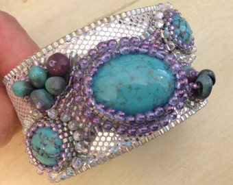 KIT and PATTERN Tutorial Bead Embroidery Cuff Bracelet for Cabochon