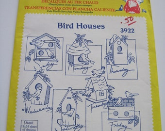 BIRD HOUSES - Aunt Martha's Hot Iron Transfers - 3922 - Never Used