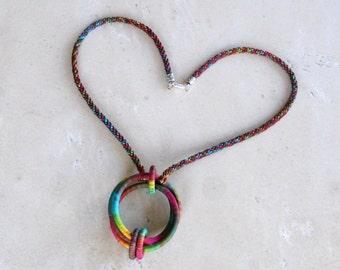 Three Ring Necklace Marsala