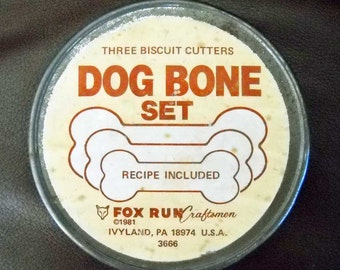 Dog Bone or Biscuit Cutters Set of 3 Vintage in a Tin