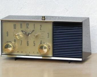Philco Vintage 1960s AM Clock Radio