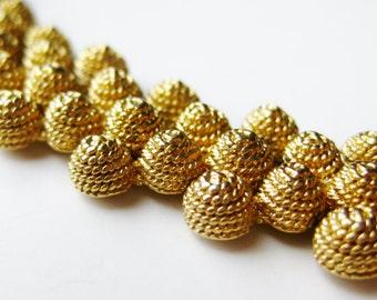 Vintage 60s Napier Style Gold Metal Link Collar Necklace