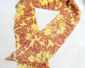 1930s Silk Art Deco flora print neck tie in yellow / ochre