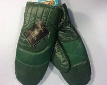 Vintage mittens, ski mittens, green mittens, Handkraft mittens, 70s