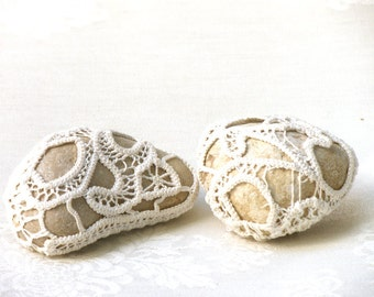 Crochet  Lace stones, Wedding Natural Favors Romantic Inspirational Wedding Decor, Decorated rocks, Doorstops, Shabby chic Wedding