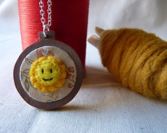 Embroidery hoop necklace, Sun, felt and cotton