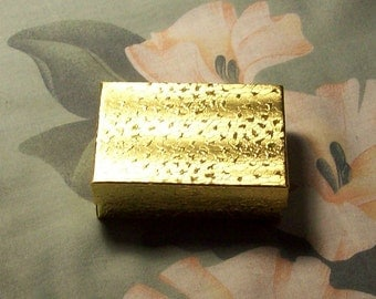 Gold Gift Box with Cotton Lining for Small Gift