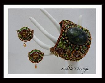 Hand Beaded Cuff Bracelet-334 Handmade, beaded, beadwork, bead embroidery, cuff, necklace, accessories, jewelry, women, earrings, OOAK, Cuff