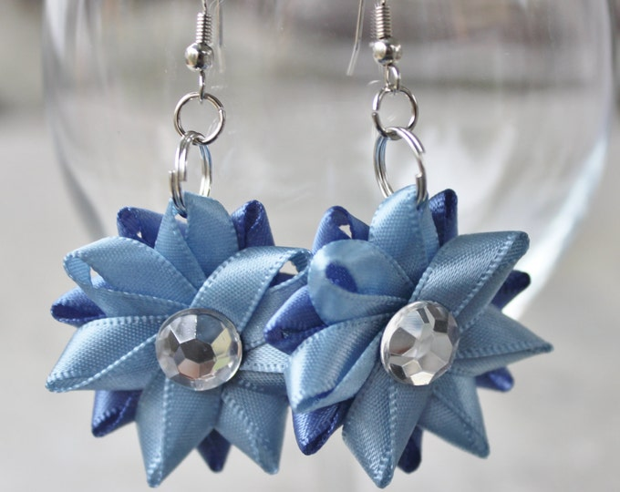 Flower Earrings, Flower Drop Earrings, Handmade Earrings, Denim Blue Bridesmaid Earrings, French Blue Flower Earring Set, Dangle Earrings