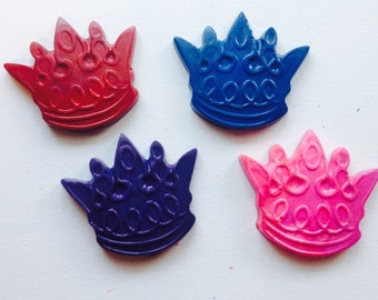 Crown crayons