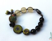 La Chartreuse - lovely handmade bracelet with beads in the same color as the famous liqueur. With lampwork focal