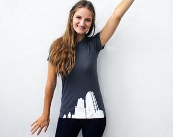 Philly t-shirt City of Philadelphia women's medium shirt
