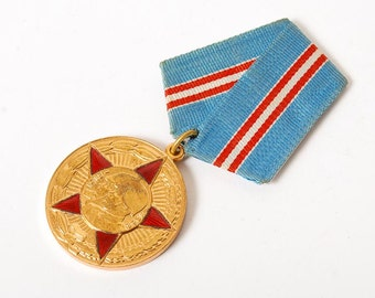 Vintage Jubilee medal 50 Years of Armed Forces of the USSR