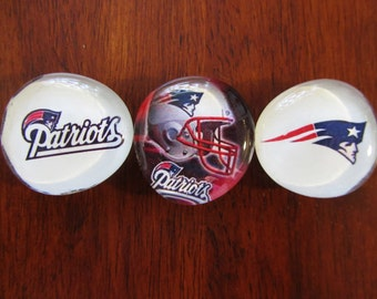 SALE NEW ENGLAND PATRiOTS Tough Guy Football Magnets