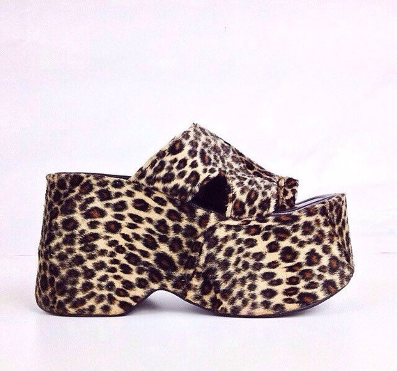 90's Fuzzy Leopard Print Chunky Mega Platform Toe Strap Wedge Sandals / 9 - 10