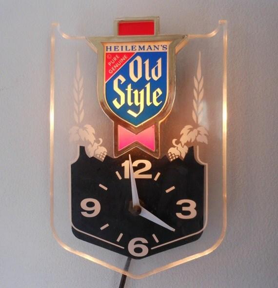 Vintage Beer Clocks 45
