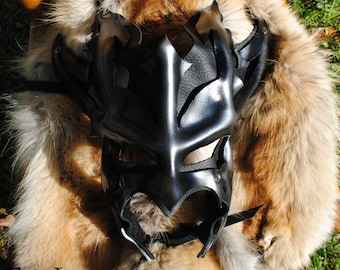 Silver Leather Great Dragon Mask 2.0