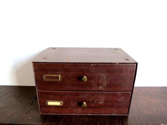 stockage de bureau industriel vintage. Black Bedroom Furniture Sets. Home Design Ideas
